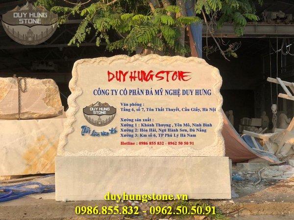 thiết kế biển hiệu công ty bằng đá nguyên khối đẹp 1