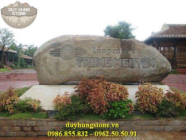 thiết kế biển hiệu công ty bằng đá nguyên khối đẹp 23