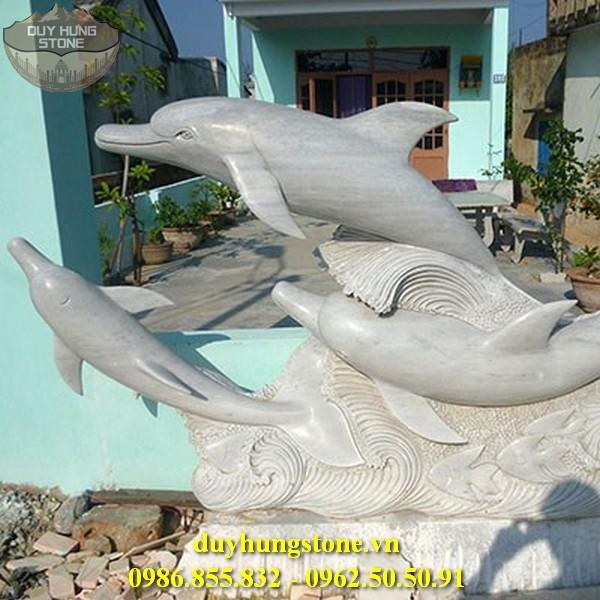 Tượng cá heo bằng đá 3