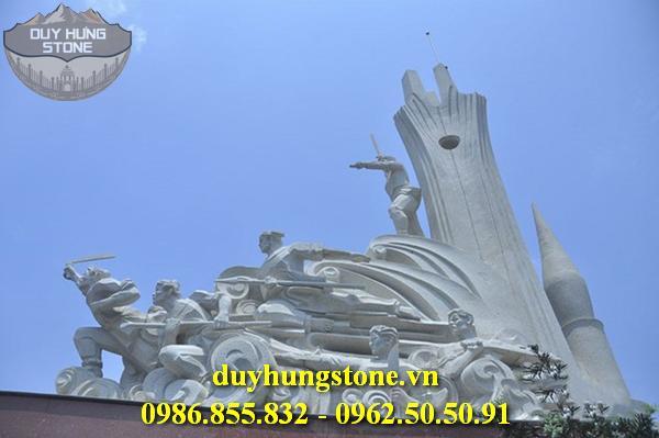 Tượng đài bằng đá khối đà nẵng 2