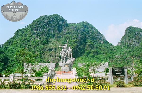 Tượng đài bằng đá khối đà nẵng 5