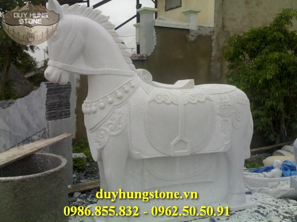 ngựa đá nhiều mẫu mã đẹp 3