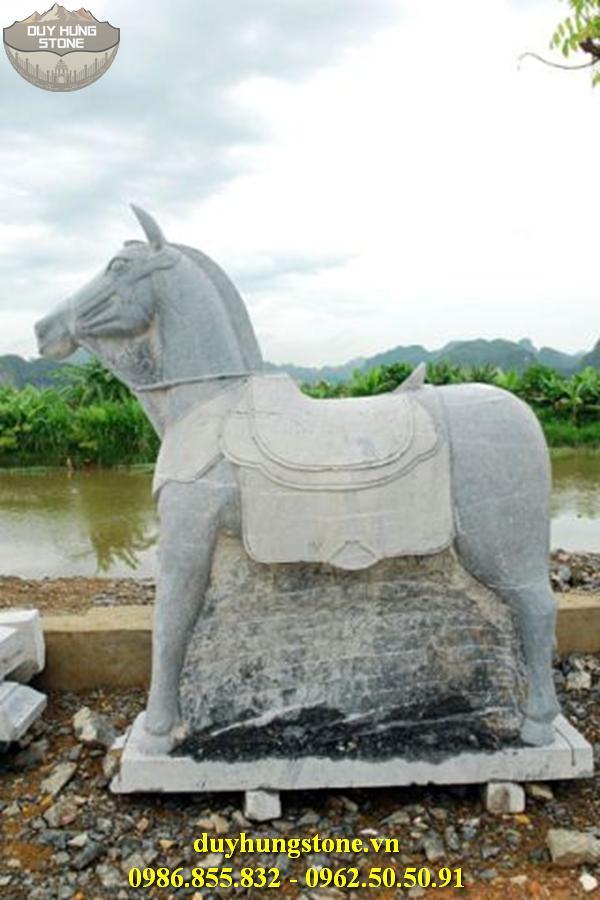 ngựa đá nhiều mẫu mã đẹp 4