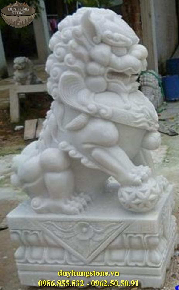 sư tử đá đẹp 32