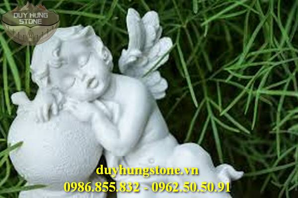 Tượng thiên thần bằng đá nguyên khối 16