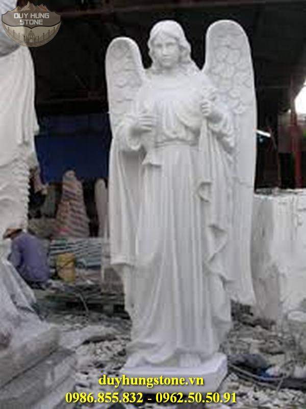 Tượng thiên thần bằng đá nguyên khối 18