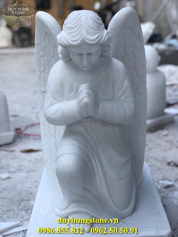 Tượng thiên thần bằng đá nguyên khối 24